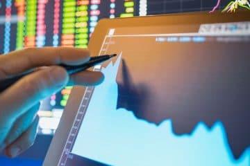 graphique sur tablette de la bourse